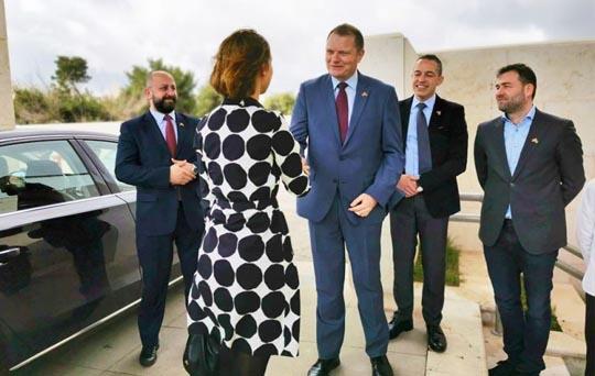 زيارة وزيرة الصناعة والتجارة النرويجية